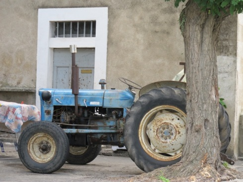 old blue tractor