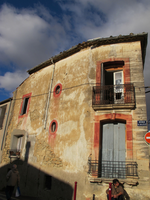 a lovely old building in Ouveillan