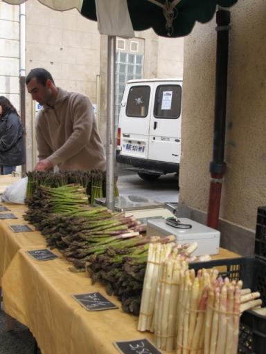 asparagus olonzac market