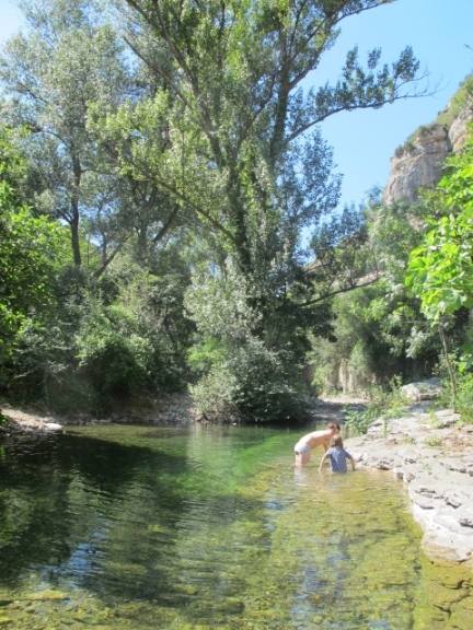 swimming in Minerve