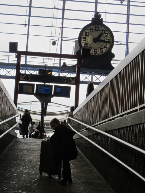 Hallelujah. A train station in France that offers an alternative to all those lumping stairs